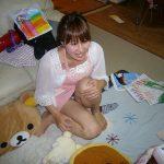 23歳くらいのよくいる普通の人妻がエロい体で誘惑してくる画像で抜いてみた[15枚]