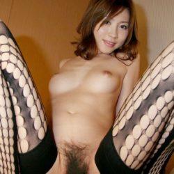 網タイツ美人さんがエロ脚と太ももを見せてくれる画像って、結構ヌケるんだよな[38枚]