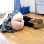 パンティずらした女の子がHなお尻と太ももを見せてくれる画像をお楽しみ下さい[28枚]
