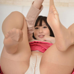 エロいカラダした美人さんがむっちり太もも見せてくれる画像って、ガチ勃起するよな?[32枚]