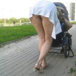 エロいカラダした外国のお姉さんが街で実はノーパンになってる隠し撮りショットがマジエロ過ぎ[30枚]